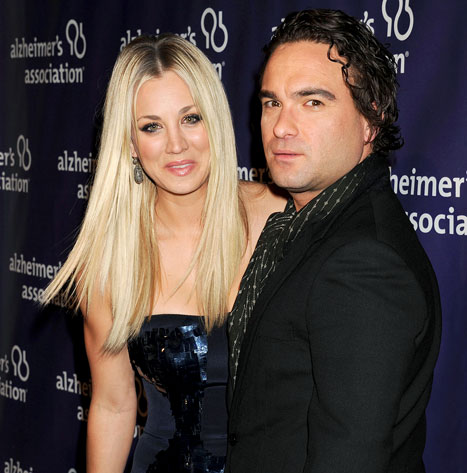 kaley cuoco et johnny galecki