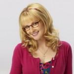 Bernadette (Melissa Rauch) en rose